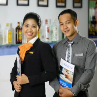 Cử nhân Quản trị khách sạn - Đại học Thương mại