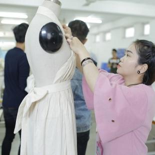 Cử nhân Thiết kế thời trang - Cao đẳng quốc tế Kent