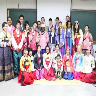 Cử nhân văn hóa xã hội Hàn Quốc - văn bằng 2 KHXHNV