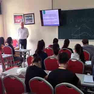 Thạc sĩ quản trị kinh doanh MBA MHU