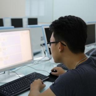 Cử nhân Công nghệ thông tin - Trường Cao đẳng Kỹ thuật Công nghệ Vạn Xuân