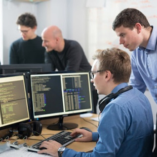 Kỹ sư Công nghệ kỹ thuật máy tính - CĐ CNTT - TP. HCM