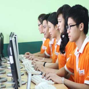 Cử nhân thực hành công nghệ thông tin BTEC