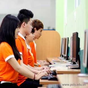 Cử nhân thực hành quản trị tài chính quốc tế BTEC