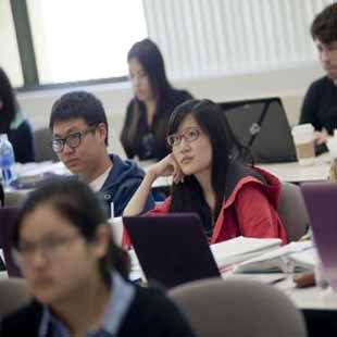 Cử nhân ngành Trung Quốc học HB
