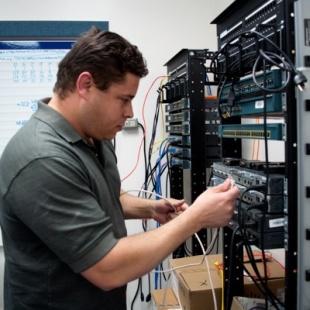 Thạc sĩ Kỹ thuật điện tử - Đại Học Công Nghiệp Hà Nội