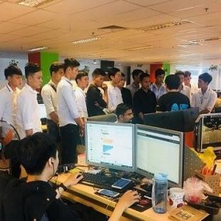 Cử nhân thực hành Công nghệ thông tin - Ứng dụng phần mềm - Cao Đẳng Việt Mỹ