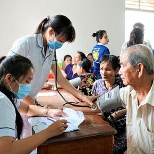 Cử nhân thực hành Hành chính y tế - FSG College League