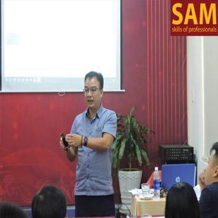 Chuyên viên nhân sự trong doanh nghiệp Trường Đào Tạo Kỹ Năng Quản Lí SAM