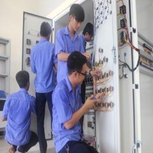 Cử nhân thực hành điện công nghiệp NSG