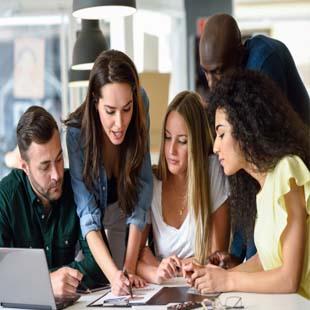 Du học Unilink Cử nhân kinh doanh quốc tế MONASH
