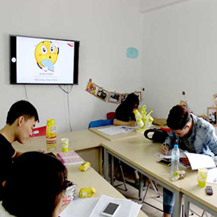 Tiếng Đức giao tiếp cơ bản – Trình độ A2 Tập đoàn Giáo dục HALO