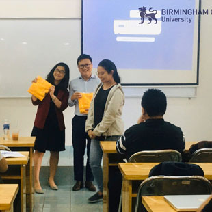 Cử nhân đại học Kinh doanh Quốc tế birmingham university