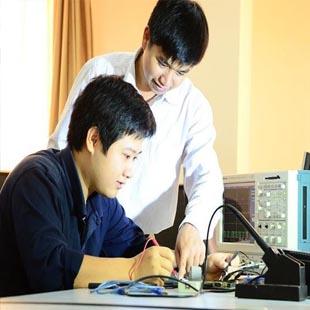 Thạc sĩ Truyền dữ liệu và mạng máy tính Đại học Công nghệ