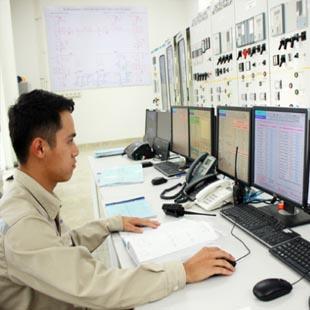 Tiến sĩ Kĩ thuật viễn thông Đại học Công nghệ
