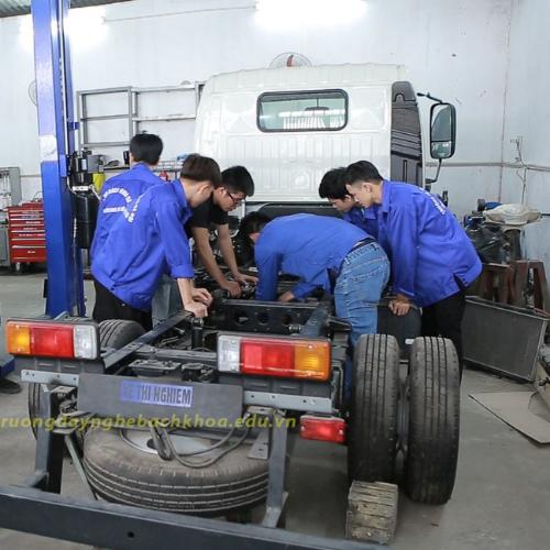 Sửa chữa ô tô – chuyên Điện ô tô