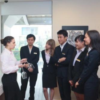 Cử nhân Quản trị Nhà hàng – Khách sạn - Cao Đẳng Nghề Kỹ Thuật Công Nghệ LADEC
