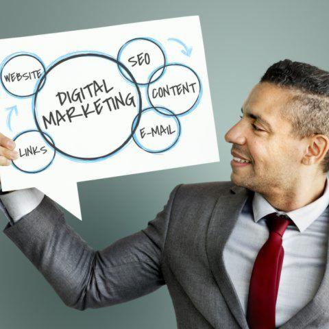Cử nhân Digital và Online Marketing - Cao đẳng thực hành FPT Polytechnic