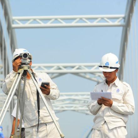 Kỹ sư Xây dựng Cầu đường – hệ vừa học vừa làm - Đại học Xây dựng