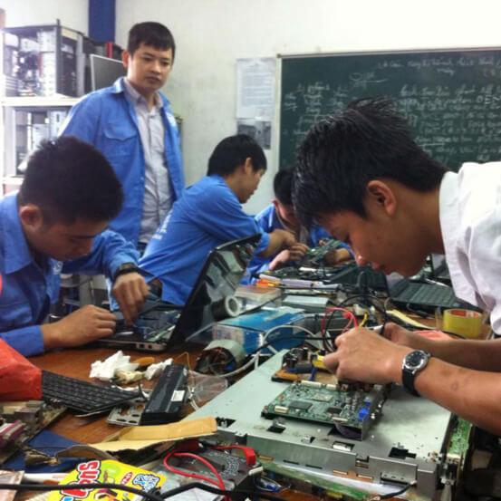 Trung cấp Kỹ thuật sửa chữa, lắp ráp máy tính - Cao đẳng cơ điện Phú Thọ