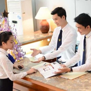 Cử nhân Quản trị Du lịch và Khách sạn Quốc tế