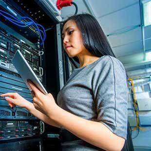Cử nhân Quản trị mạng máy tính và Truyền thông Đại học Gia Định
