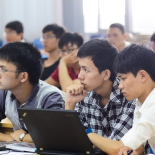 Tiến sĩ Khoa học máy tính - Đại học Bách khoa Hà Nội