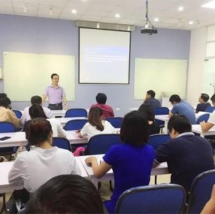 Cử nhân Quản trị kinh doanh – hệ liên thông - Đại học Công nghệ Đông Á