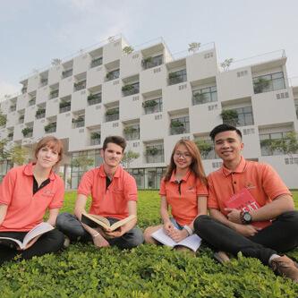 Cử nhân ngành quản trị khách sạn Đại học FPT